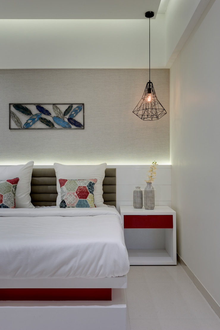 Master bedroom Minimalist bedroom by Space It Up Minimalist