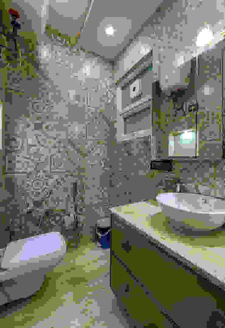 Residential Project: modern  by shritee ashish & associates,Modern
