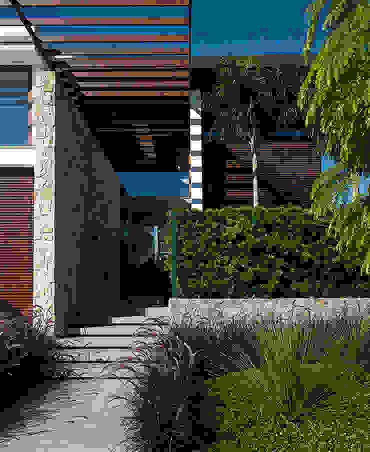 Modern houses by Ruschel Arquitetura e Urbanismo Modern Wood Wood effect
