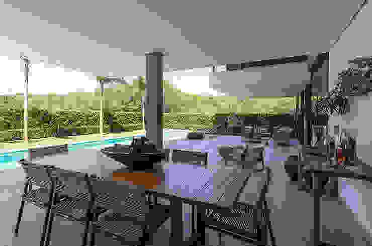 Modern garden by Ruschel Arquitetura e Urbanismo Modern Wood Wood effect