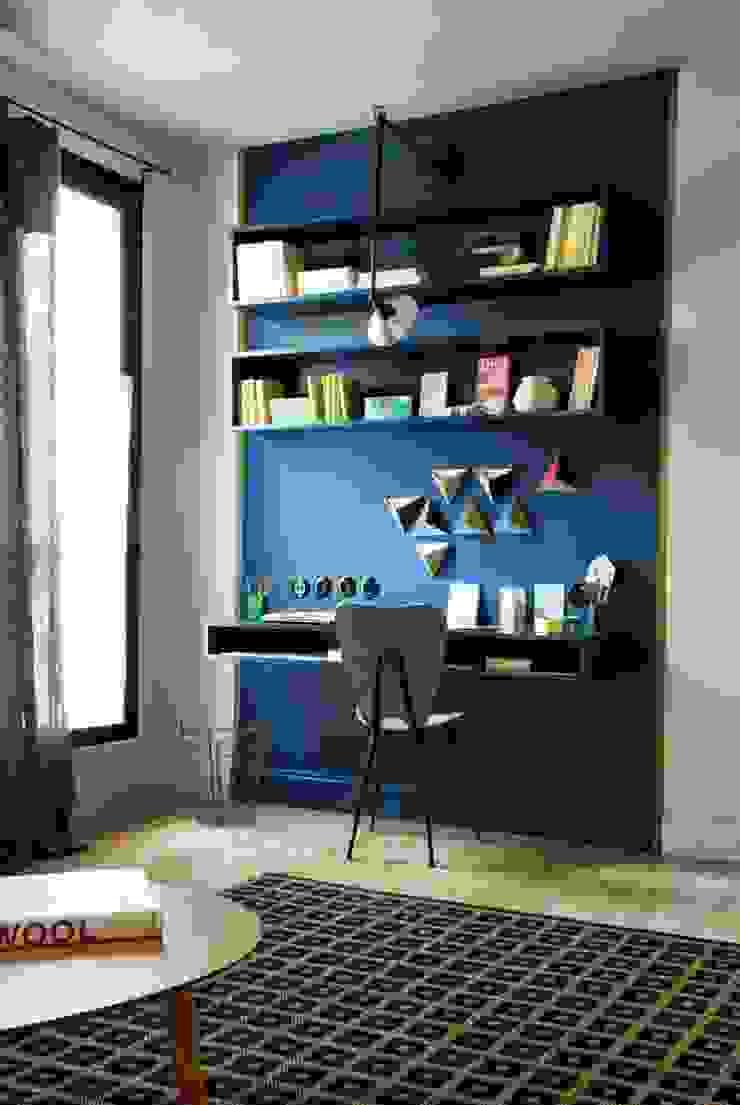Interiors Modern study/office by shritee ashish & associates Modern
