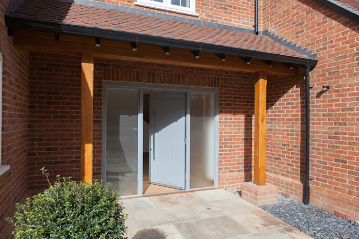 Brown Oaks - after von Hampshire Design Consultancy Ltd. Klassisch