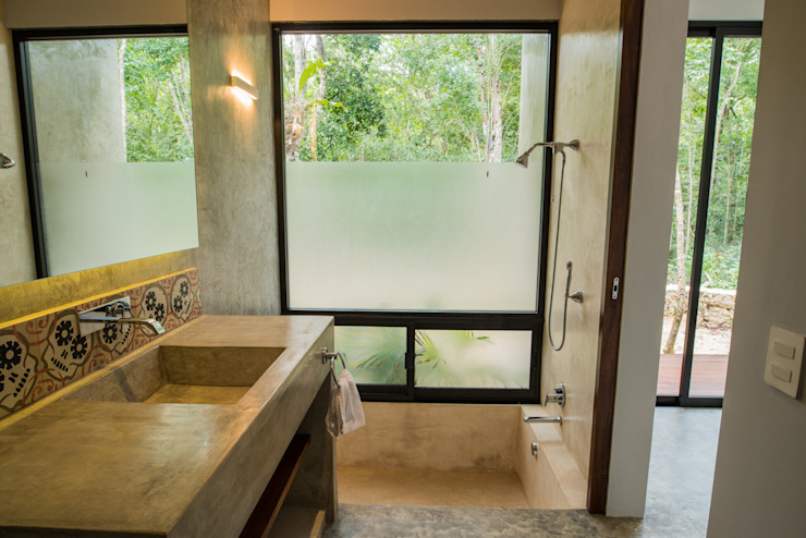 Modern bathroom by CO-TA ARQUITECTURA Modern