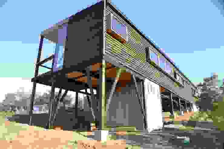 Vista poniente Casas estilo moderno: ideas, arquitectura e imágenes de homify Moderno