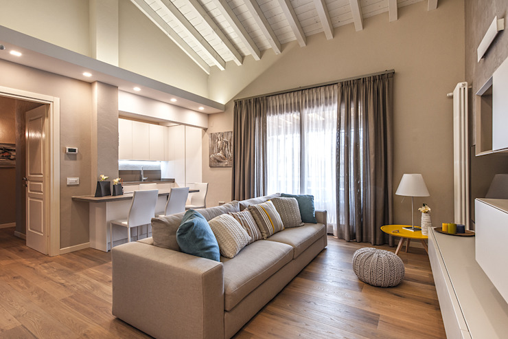 Living room by Studio Moltrasio - Zero4 Snc
