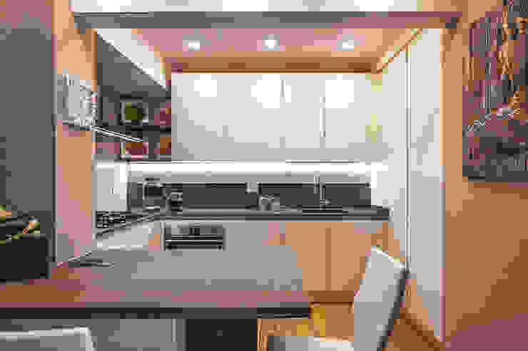 Modern Home Wine Cellar by Studio Moltrasio - Zero4 Snc Modern
