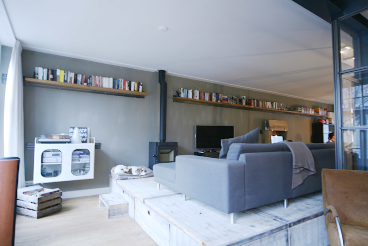 Living room by YBB Architecture Amsterdam, Modern