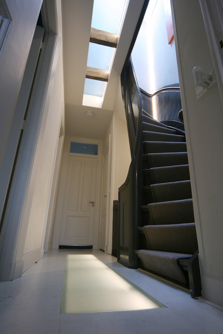 YBB Architecture Amsterdam Modern Corridor, Hallway and Staircase