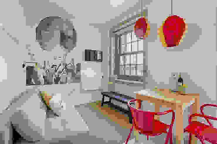 de SHI Studio, Sheila Moura Azevedo Interior Design Escandinavo