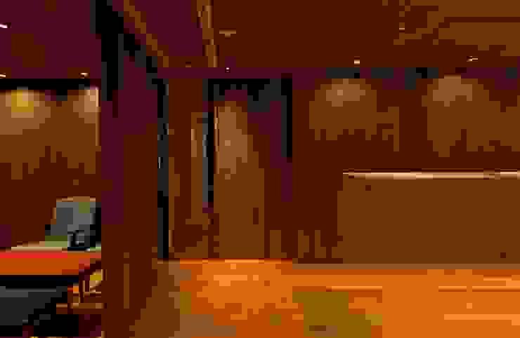 akordu [アコルドゥ] Restaurant モダンなレストラン の Mimasis Design/ミメイシス デザイン モダン