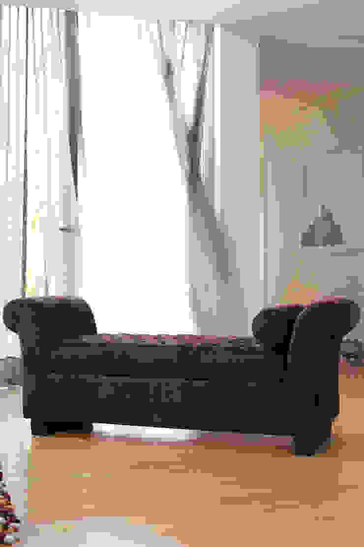 de SHI Studio, Sheila Moura Azevedo Interior Design Clásico