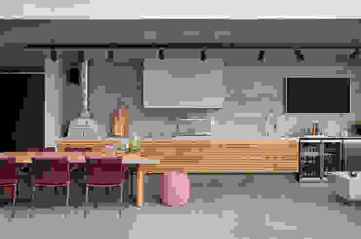 Cozinhas modernas por Hobjeto Arquitetura Moderno