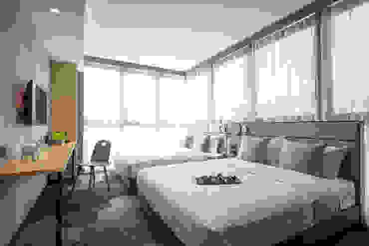 Hotel Ease Access: modern  by Artta Concept Studio, Modern