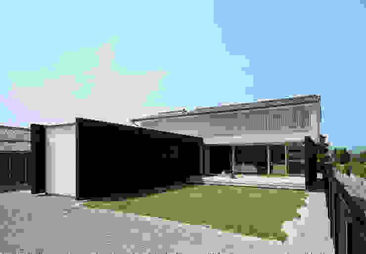 根據 伊藤憲吾建築設計事務所 日式風、東方風 木頭 Wood effect