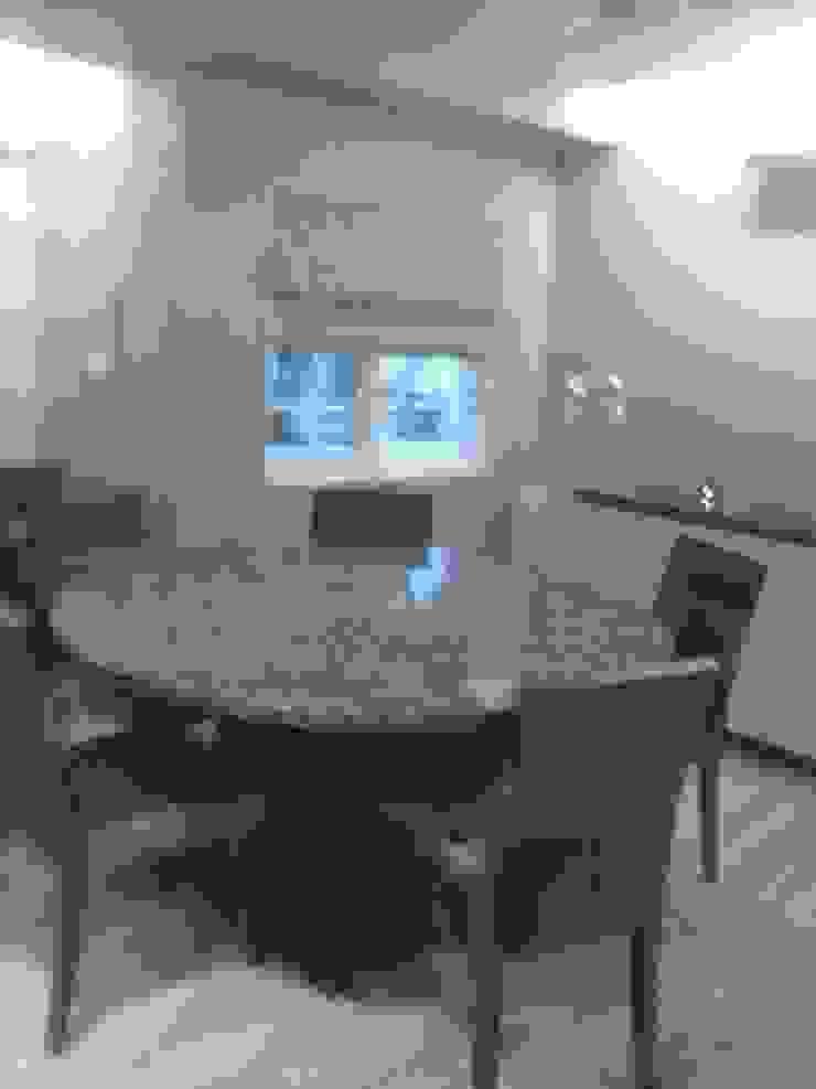 DUPLEX BUNGLAW Modern dining room by R.S Interiors Modern