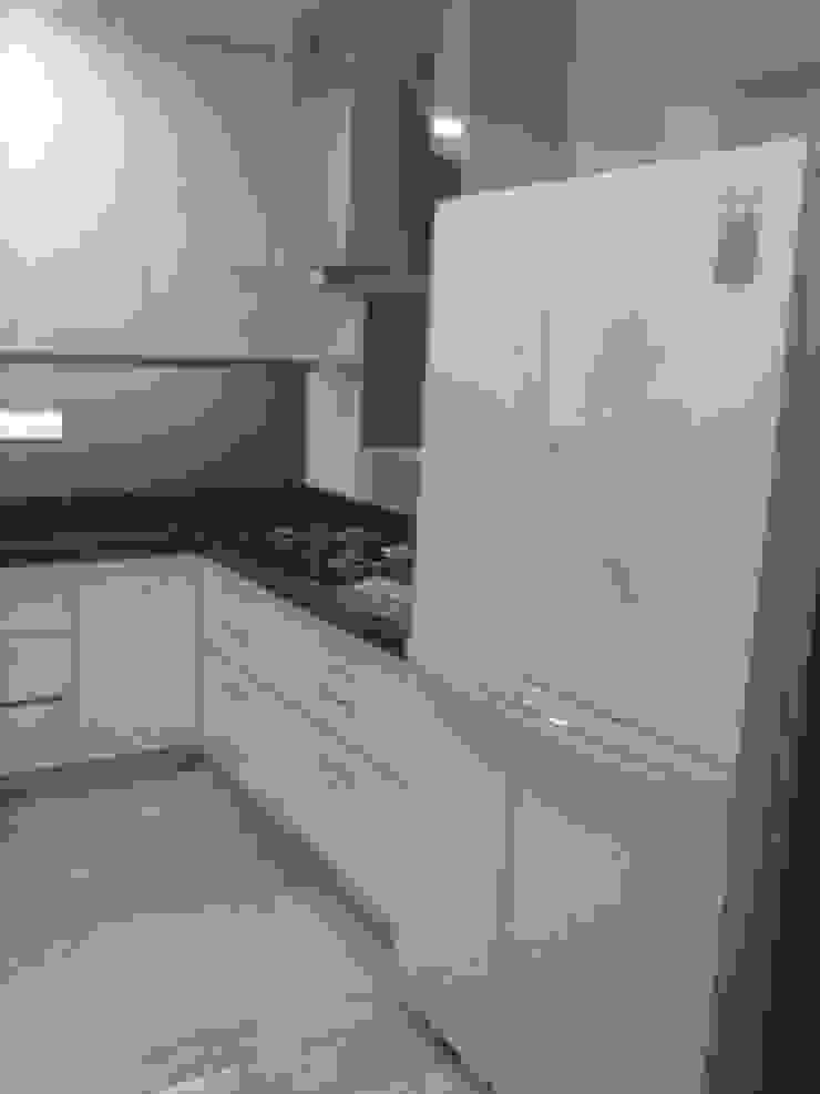 DUPLEX BUNGLAW Modern kitchen by R.S Interiors Modern