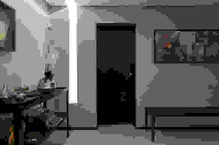 Sala de Espera Edifícios comerciais modernos por Semíramis Alice Arquitetura & Design Moderno Concreto