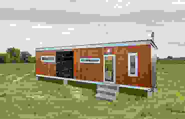 現代房屋設計點子、靈感 & 圖片 根據 Umnyama Ikhaya 現代風