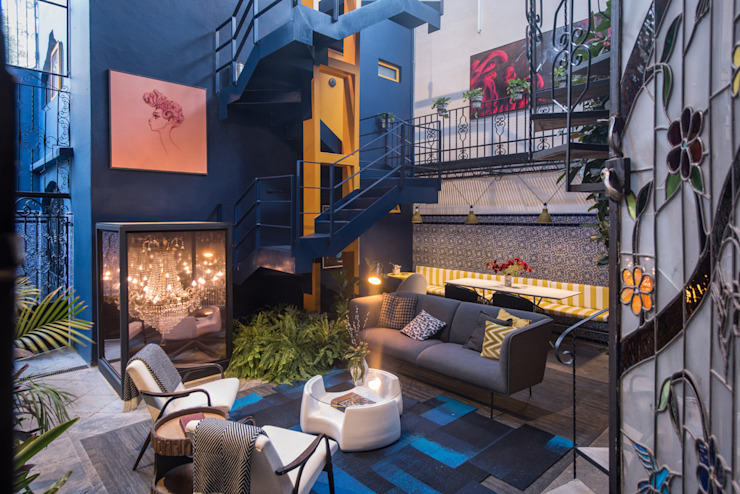 Balkon, Beranda & Teras Modern Oleh Germán Velasco Arquitectos Modern