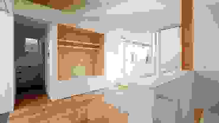 前田工務店 Living room Wood White