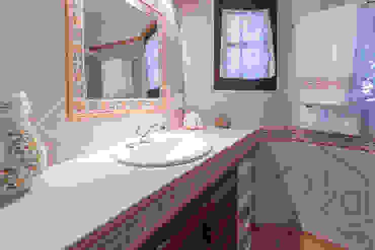 ROX & IRE IBIZA SL Salle de bainToilettes