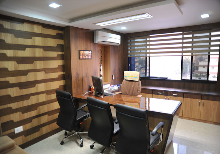 OFFICE:  Offices & stores by Monoceros Interarch Solutions,Modern Plywood