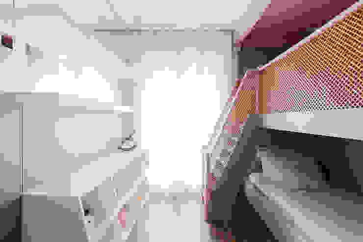 Quarto de menina Thiago Mondini Arquitetura Quartos das meninas
