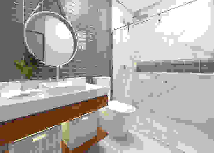 現代浴室設計點子、靈感&圖片 根據 Daniela Andrade Arquitetura 現代風