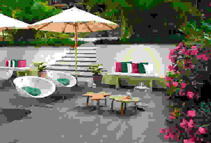 Fusion Varandas, marquises e terraços industriais por Love Tiles Industrial