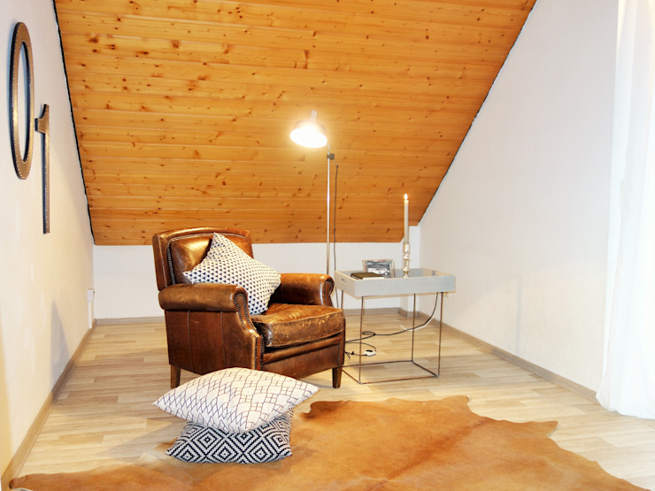 Modern Living Room by Heimvorteil Homestaging Modern