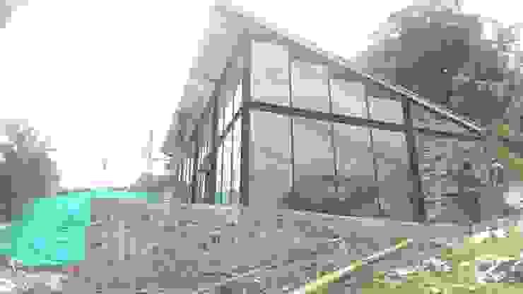 SALON DE JUEGOS PRIVADO BTM INVERSIONES SAS Modern Houses