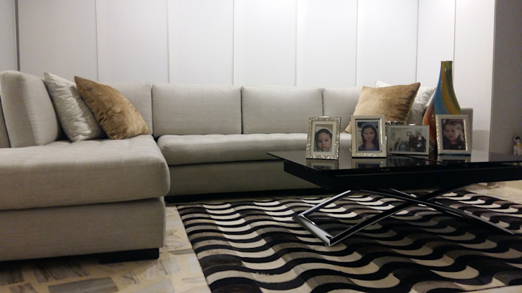 modern  by ANDRES FELIPE YANET - ESTUDIO DE DISEÑO, Modern