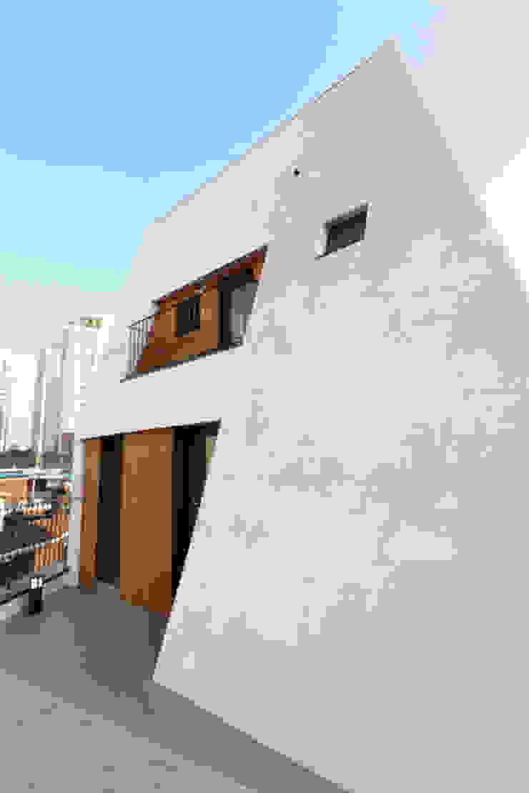외부부분 by (주)건축사사무소 예인그룹 모던 콘크리트