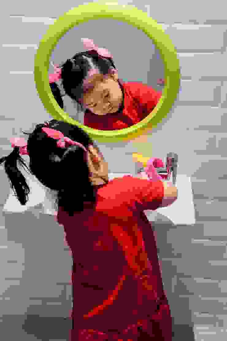 Toilet Anak Oleh Roemah Cantik