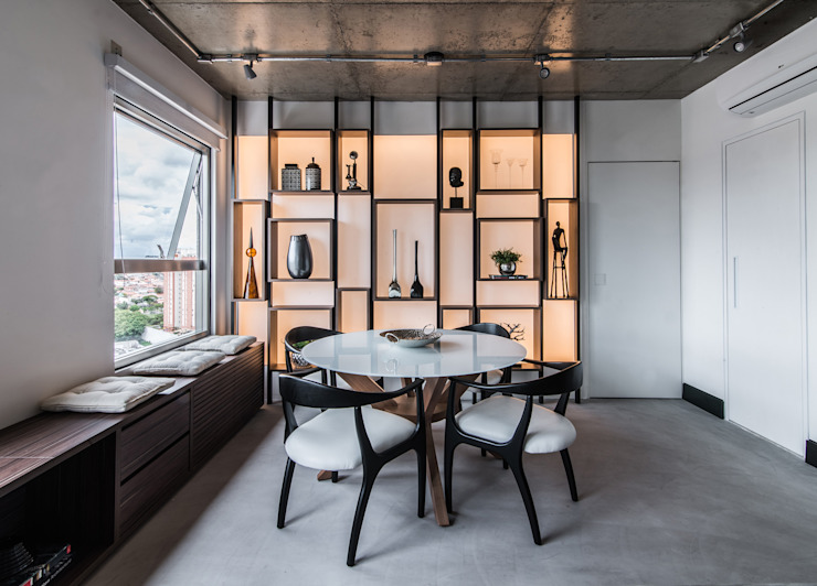 Industrial style dining room by Débora Vassão Arquitetura e Interiores Industrial