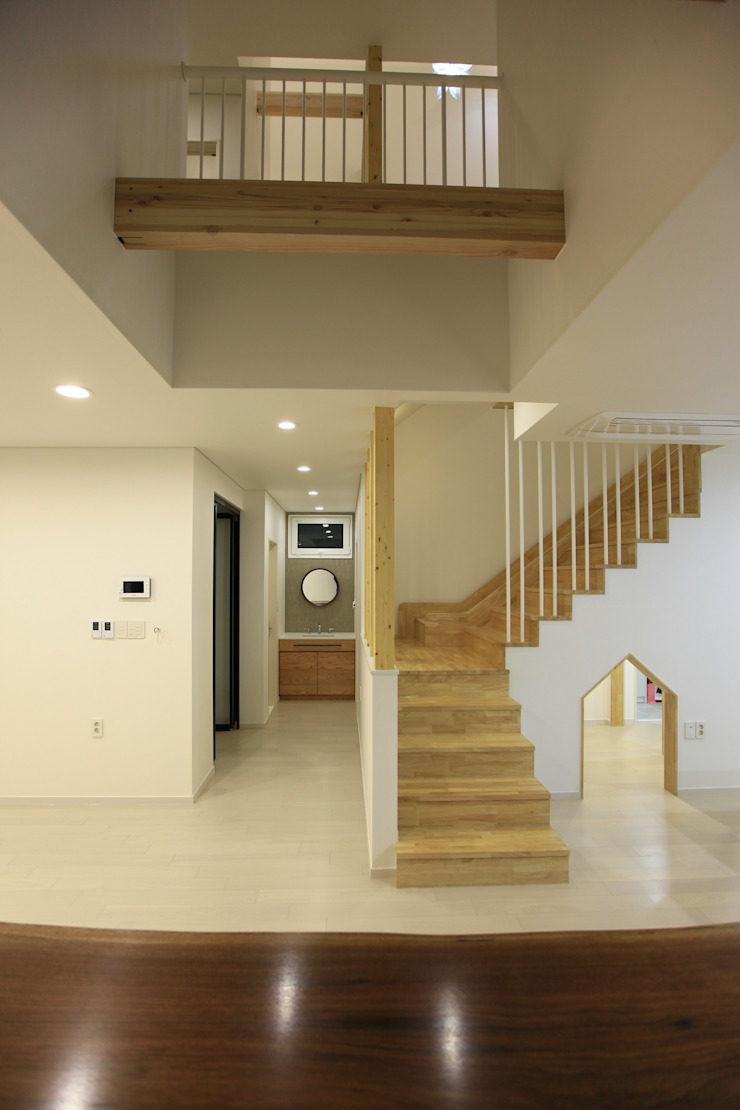 김해시 중목구조 주택 by 블루하우스 코리아 모던
