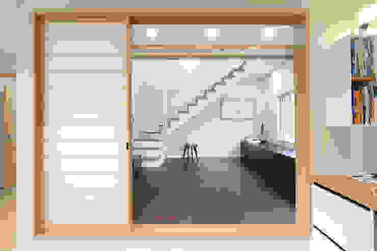 Modern style doors by 블루하우스 코리아 Modern