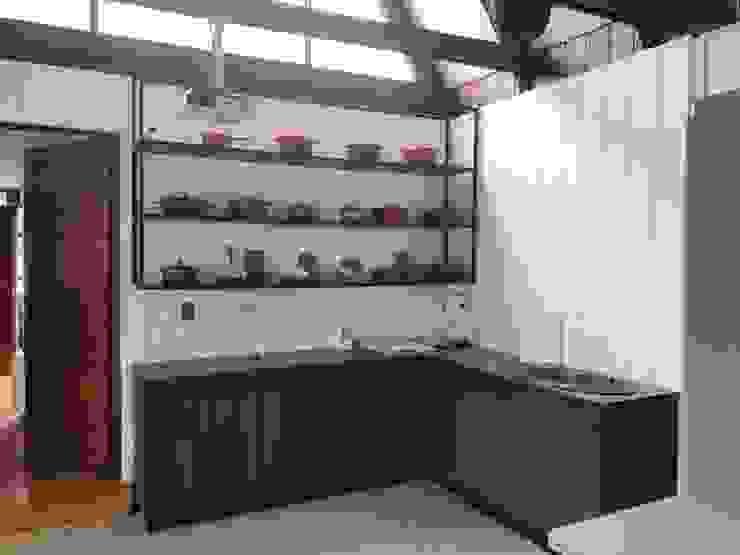 Habilitación casa para sala de ventas y capacitaciones de JF Constructora Clásico