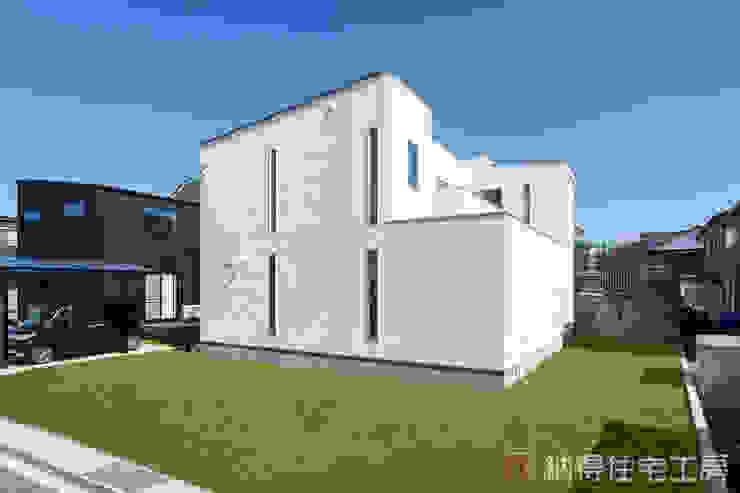 Rumah Gaya Asia Oleh 納得住宅工房株式会社 Nattoku Jutaku Kobo.,Co.Ltd. Asia