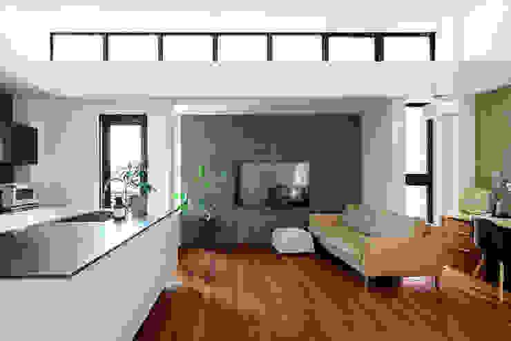 Modern Living Room by H建築スタジオ Modern