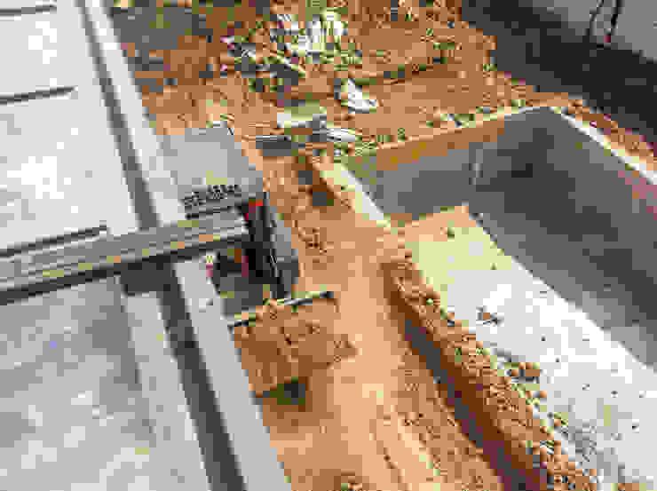 Retiro de material de excavación de homify Minimalista Concreto reforzado