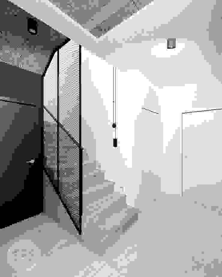 365 Stopni Stairs Iron/Steel Black