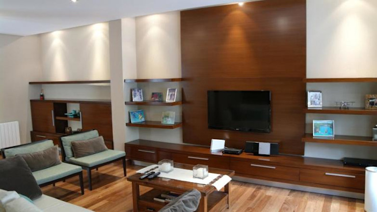 Living Livings modernos: Ideas, imágenes y decoración de gatarqs Moderno