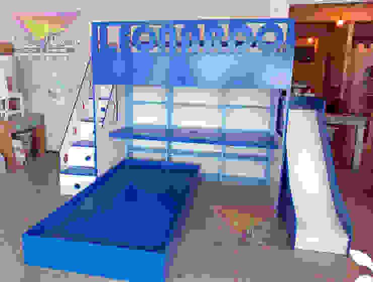 Divertida y Útil cama alta de camas y literas infantiles kids world Moderno Derivados de madera Transparente