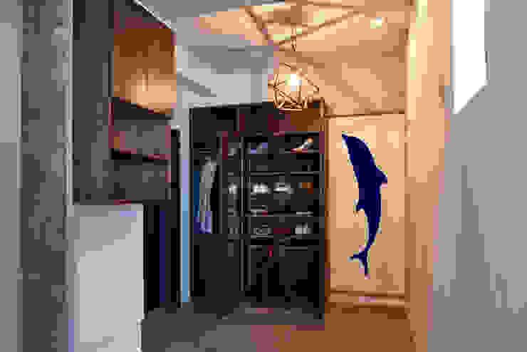 tai_tai STUDIO Rustic style corridor, hallway & stairs