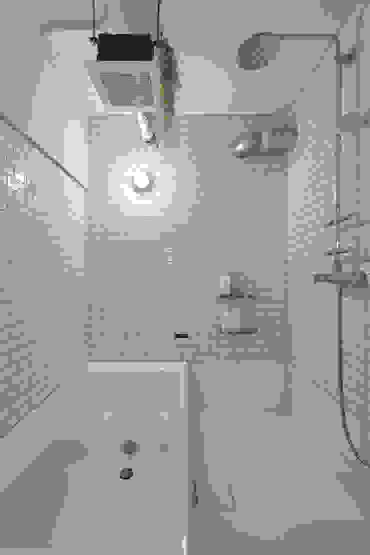 .8 / TENHACHI 浴室 磁磚 White
