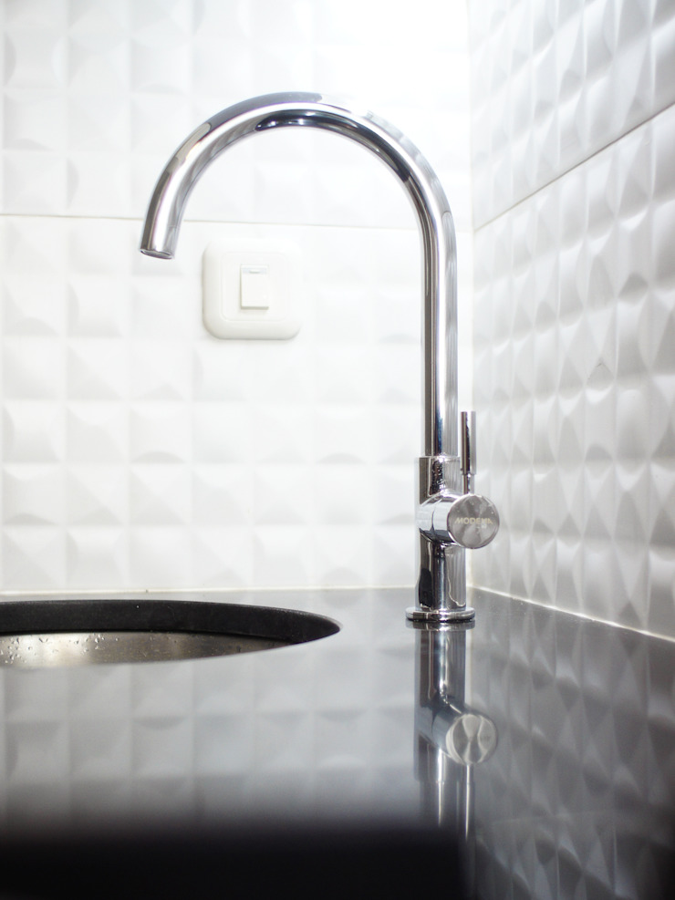 PR Apartment Oleh byatelier Modern Granit