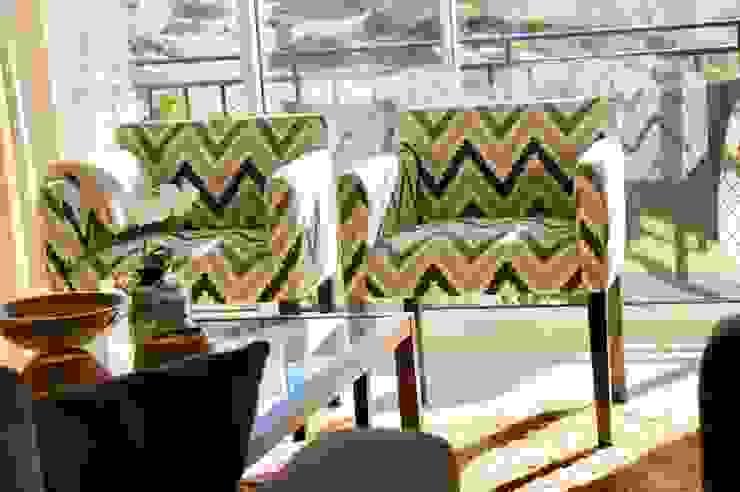 Elite De Elogios Living roomStools & chairs Solid Wood Wood effect