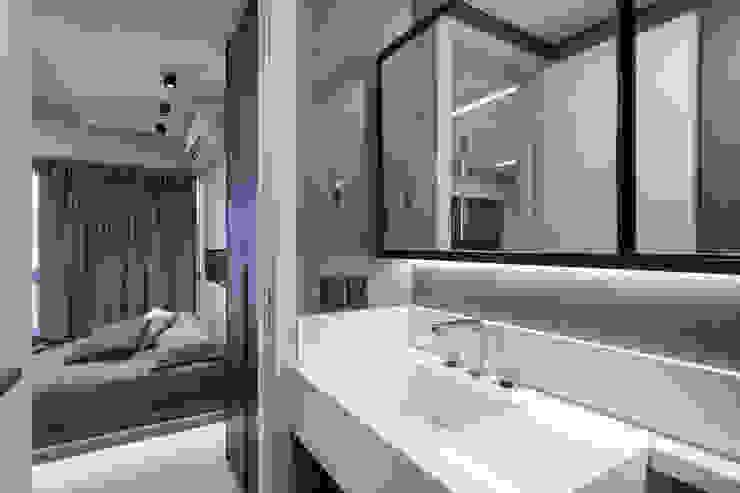 現代浴室設計點子、靈感&圖片 根據 ABHP ARQUITETURA 現代風 木頭 Wood effect