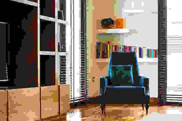 by Dionne Arquitectos Minimalist Wood Wood effect